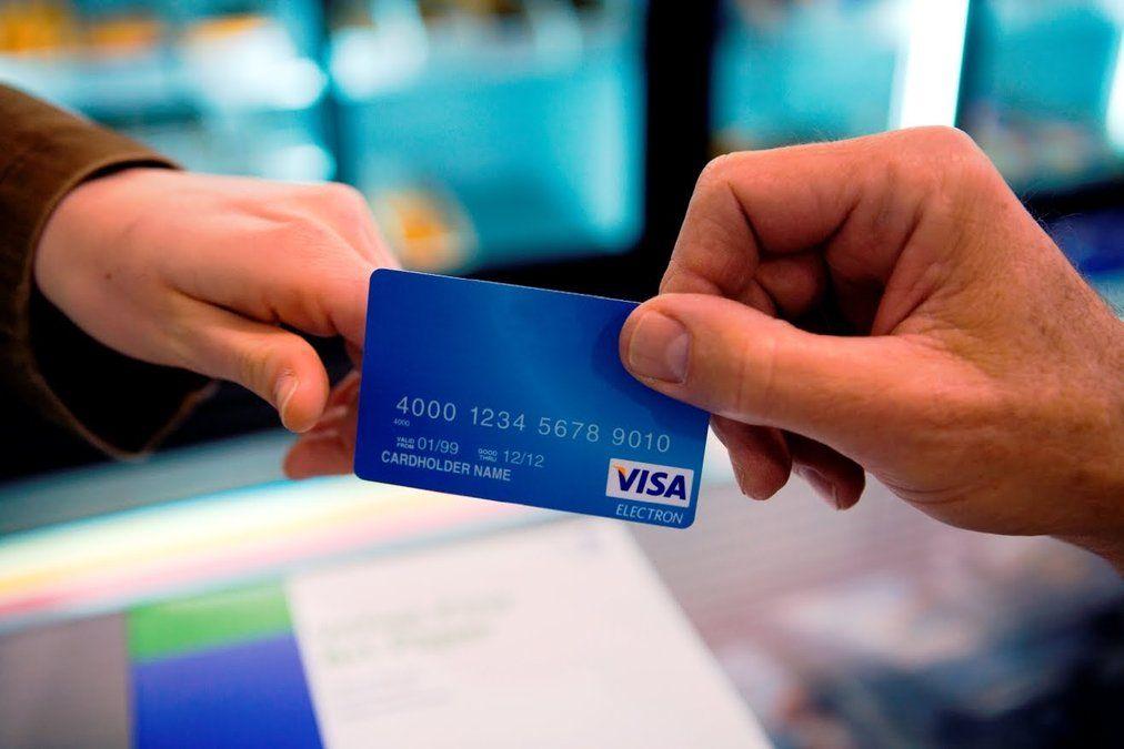 Hệ thống CIC đánh giá uy tín tín dụng khi làm thẻ Visa Credit